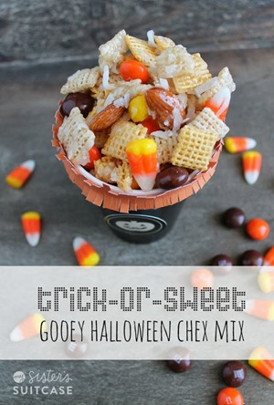 trick-or-sweet-chex-mix