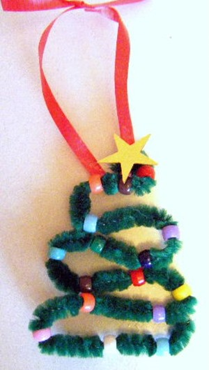 pipecleaner christmas tree ornament