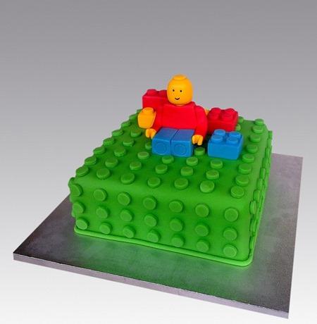 lego cake 4