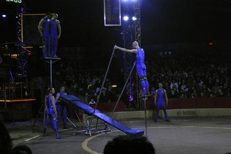 circus025