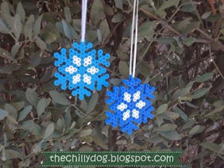 Perler-Bead-Snowflake (1)